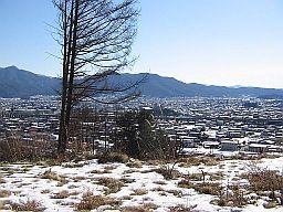 林縁から集落の眺め圧縮.jpg